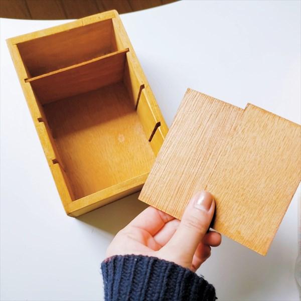 セリアの木製ケース